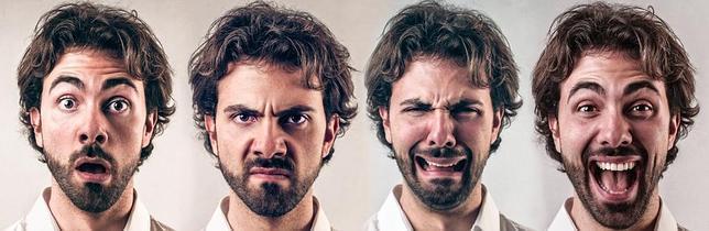 Enfado de un actor y abuso a otra actriz delante del publico - 1 part 2