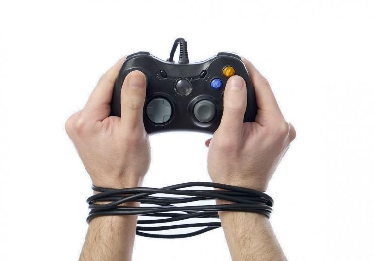 Los videojuegos pueden producir adicción, dependencia y transtornos mentales.