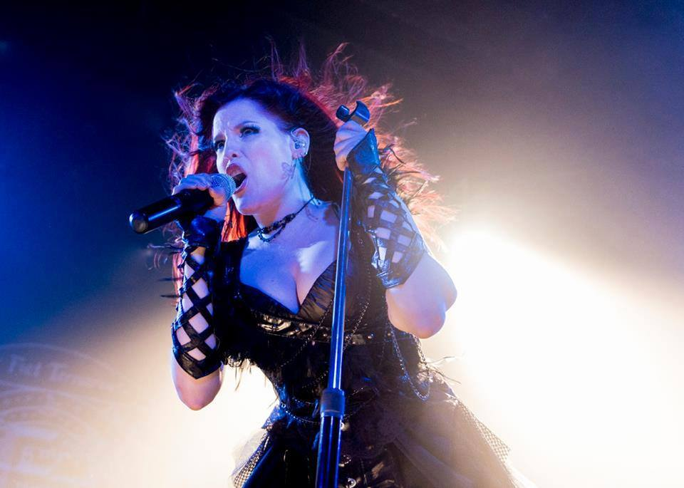 Ailyn-Sirenia-singer-Vivaldi-Metal-Project