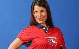 Modelos chilenas y extranjeras que han vestido la roja: Fotos de fanáticas con la camiseta