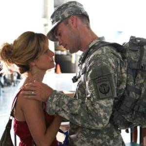 Army Wives - Roxy y Trevor