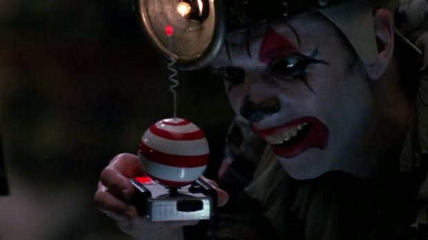 """Payaso Flaco"", en Batman Regresa / filmint.nu"
