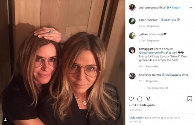 """La actriz que representó a Mónica en """"Friends"""" le dedicó un muy original saludo de cumpleaños a su amiga / www.instagram.com/courteneycoxofficial"""