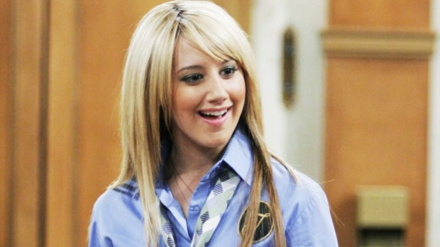 "Ashley Tisdale, cuando interpretó a Candace en ""The Suite Life of Zack & Cody"" / www.teenvogue.com"