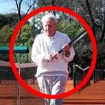 Inspirador: Artin Elmayan, un argentino que sigue jugando al tenis a los 98 años
