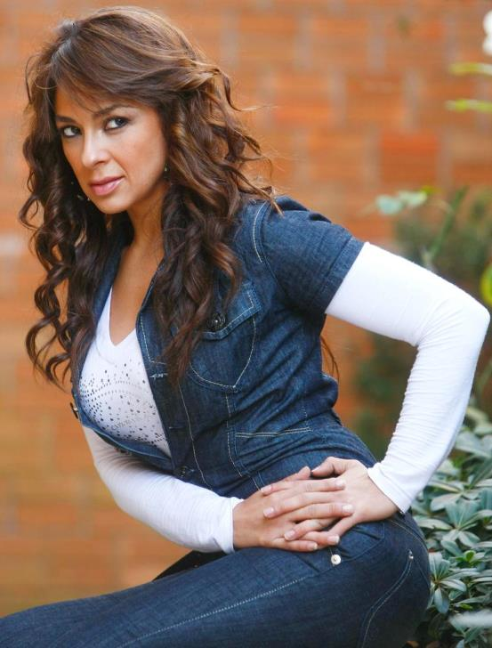 Carolina Oliva pics 30
