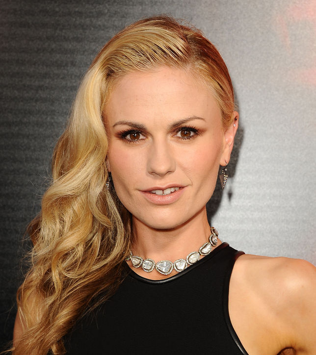 anna-paquin-bronze-eyeshadow-true-blood-h724