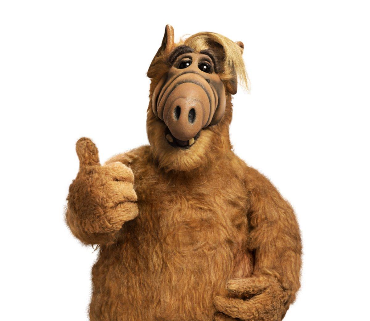 Adaptarán Alf en Blim al estilo de Adal Ramones