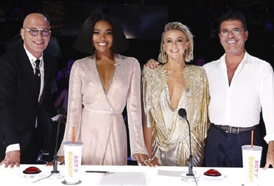 Howie Mandel, Gabrielle Union, Julianne Hough y Simon Cowell