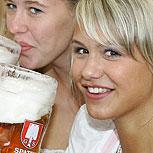 Beber cerveza: Estudios revelan por qué hace bien