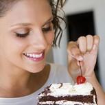 """""""Antojos"""" entre comidas: ¿Cómo evitarlos para bajar de peso?"""