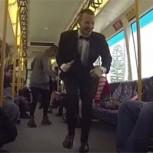 ¿Armar una fiesta en un tren? Inspirador video para bailar y ser feliz